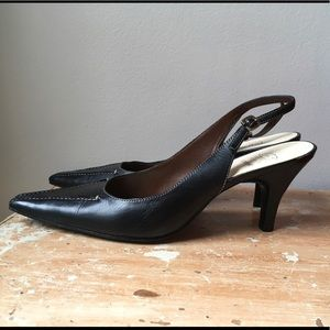 Circa Joan & David Black Leather Sling Back Heels